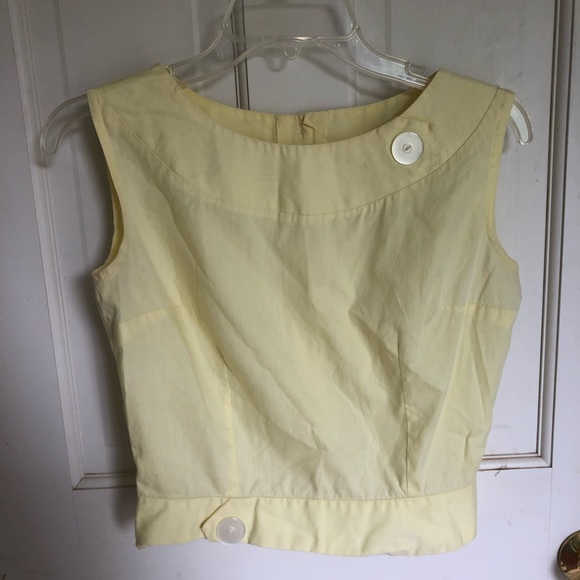 Tops - Vintage pastel yellow crop top